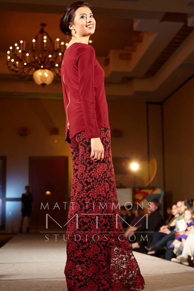 burgundy zipper tee and burgundy lace palazzo pant in holiday collection available for open house only at allie ollie